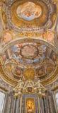 Bologna - affresco ed altare del soffitto dalla cappella di Fotografia Stock