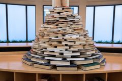 Bologna, bibliothèque, livres pour des étudiants photo stock
