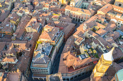 Bologna de ci-dessus au coucher du soleil, Emilia Romagna Region Italy 26 FÉVRIER 2016 Photo libre de droits