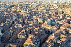 Bologna de ci-dessus au coucher du soleil, Emilia Romagna Region Italy 26 FÉVRIER 2016 Image stock