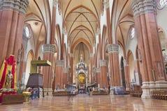 BOLOGNA, ITALIEN - 18. APRIL 2018: Das Kirchenschiff der Kirche Basilica di San Petronio lizenzfreie stockfotografie