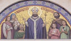 BOLOGNA, ITALIEN - 18. APRIL 2018: Das Mosaik von St Martin auf der Fassade der Kirche Chiesa di San Martino Maggiore von 19 cent lizenzfreie stockfotos