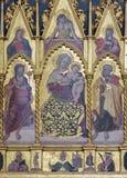 BOLOGNA, ITALIEN, 2018: Das Detail von polyptych mit Madonna, dem St Peter und dem Johannes der Täufer auf dem Seitenaltar von St lizenzfreies stockfoto