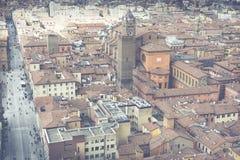 BOLOGNA, ITALIEN - 5. MÄRZ 2016: Allgemeine Ansicht des im Stadtzentrum gelegenen St. Stockfoto