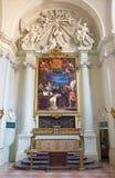 BOLOGNA, ITALIEN - 16. MÄRZ 2014: Die Seitenkapelle mit der Malerei des Heiligen Thoma Aquin Doktors Angelicus Lizenzfreies Stockfoto