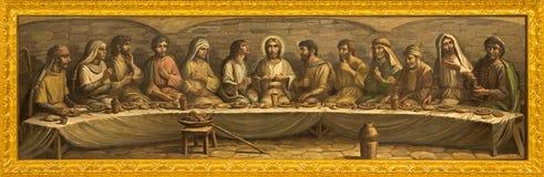 Bologna - sista kvällsmål av Kristus av Pesarini (1979) på altaret av kyrkliga San Giovanni i Monte Royaltyfria Foton