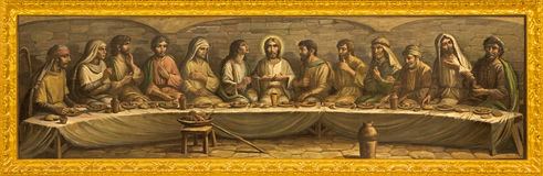 Bologna - ultima cena di Cristo da Pesarini (1979) sull'altare della chiesa San Giovanni in Monte Fotografie Stock Libere da Diritti