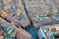 Bologna van hierboven bij zonsondergang, Emilia Romagna Region Italy 26 FEBRUARI, 2016 Royalty-vrije Stock Foto