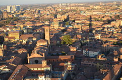 Bologna von oben genanntem bei Sonnenuntergang, Emilia Romagna Region Italy 26. FEBRUAR 2016 Stockfotografie