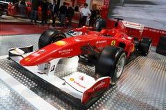 BOLOGNA, WŁOCHY - 2 2010 GRUDZIEŃ: Ferrari formuła 1 F10 ex Fernando Alonso eksponujący przy Bologna Motorowym przedstawieniem fotografia royalty free