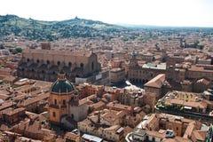 Bolognadachspitzen der alten Stadt Lizenzfreies Stockfoto