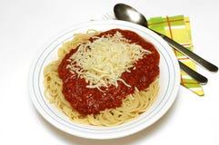 Bolognaise della pasta con il mozarella Immagini Stock