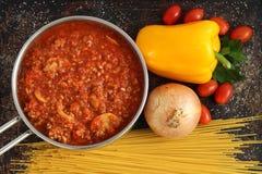 Bolognese соус в баке Стоковое Фото