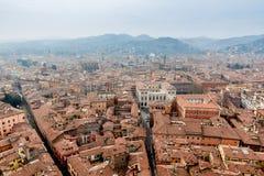 Bolonia de la torre de Asinelli Imagen de archivo libre de regalías