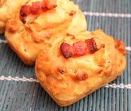Bolos com bacon e queijo fotos de stock royalty free
