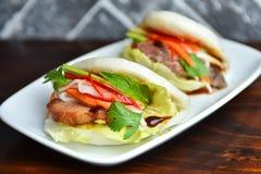Bolos cozinhados da carne de porco foto de stock royalty free
