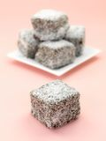 Bolos de Lamington Foto de Stock Royalty Free