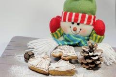 Bolos de mel do Natal imagens de stock