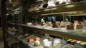 Bolos doces da loja de pastelaria filme