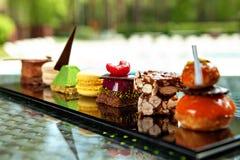 Bolos e biscoitos Fotografia de Stock Royalty Free