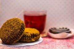 Bolos e chá Imagem de Stock