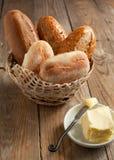Bolos e manteiga frescos fotografia de stock royalty free