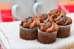 Bolos feitos home reais do chocolate Imagem de Stock