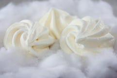 Bolos macios do meringue foto de stock