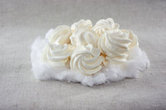 Bolos macios do meringue fotografia de stock