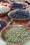 Bols de nourriture à vendre Photographie stock
