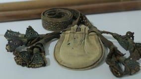 A bolsa de couro antiga vídeos de arquivo