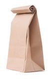 Bolsa de papel marrón clásica aislada en el fondo blanco Foto de archivo