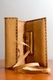 Bolsa de tabaco de cuero amarilla Imagen de archivo