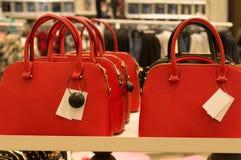 Bolsas coloridas como presentes do ano novo Imagens de Stock