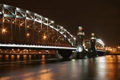 Bolsheohtinsky Brücke lizenzfreie stockfotos