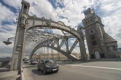 Bolsheokhtinsky桥梁在Sankt彼得斯堡 免版税库存照片
