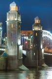 Bolsheokhtinsky桥梁彼得大帝桥梁每夏夜我 免版税库存图片