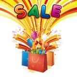 Bolso de compras con el cartel de la venta ilustración del vector