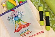 Bolso de la estera de la yoga y pintado a mano Bolso para la yoga Imágenes de archivo libres de regalías