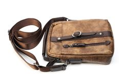 Bolso del ` s de los hombres hecho del cuero marrón Foto de archivo