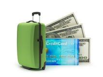 Bolso del viaje, billetes de dólar y tarjeta de crédito Fotografía de archivo