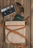 Bolso femenino con cosas Foto de archivo