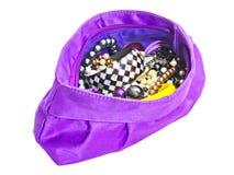 Bolso púrpura de las señoras con joyería Fotos de archivo