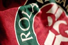 Bolso rojo con el logotipo de Roland Garros fotografía de archivo libre de regalías