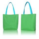 Bolso verde de la tela de las compras Foto de archivo libre de regalías