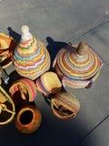 Bolsos de mano mexicanos en el mercado 4k Imagen de archivo libre de regalías