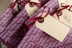 Bolsos del regalo en la fiesta de cumpleaños Fotos de archivo
