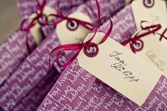 Bolsos del regalo en la fiesta de cumpleaños Foto de archivo