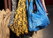 Bolsos hechos a mano coloridos lindos de la tela Fotografía de archivo