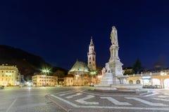 Bolzano - plaza Walther Von Der Vogelweide imagen de archivo
